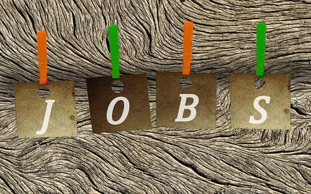 Oferta de empleo: Promotoras para el verano