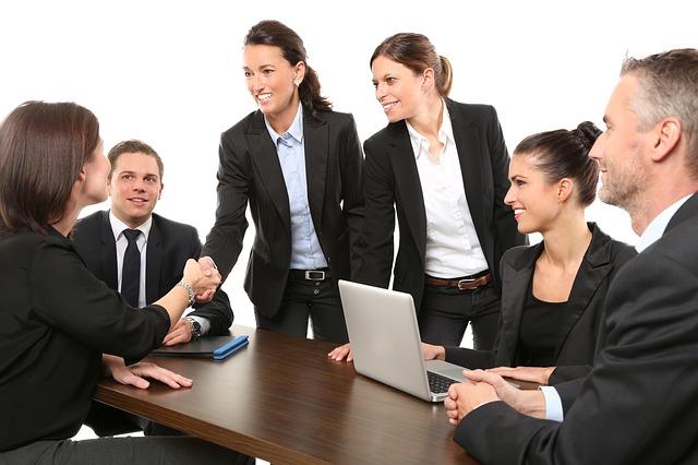 ¿cómo resaltar en una entrevista grupal?