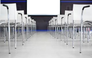 Oferta de empleo en Madrid: azafata de congresos (bilingüe)