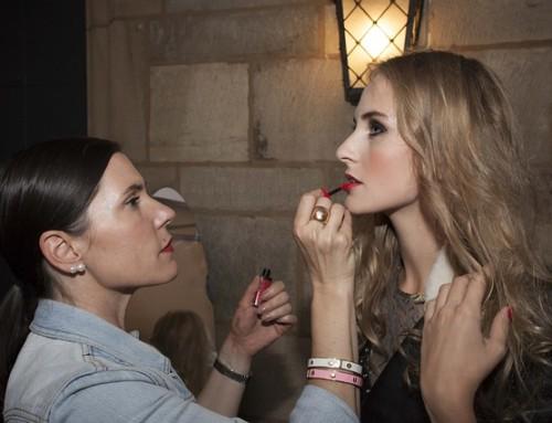 Empleo para maquilladoras en A Coruña: urgente