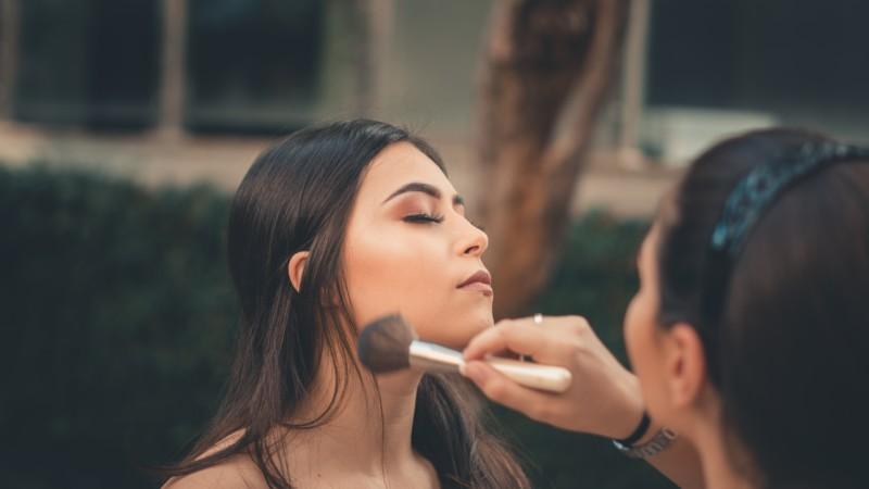 Maquilladores para firma de lujo en Madrid
