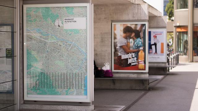 Promotores para implementación publicitaria en Cataluña